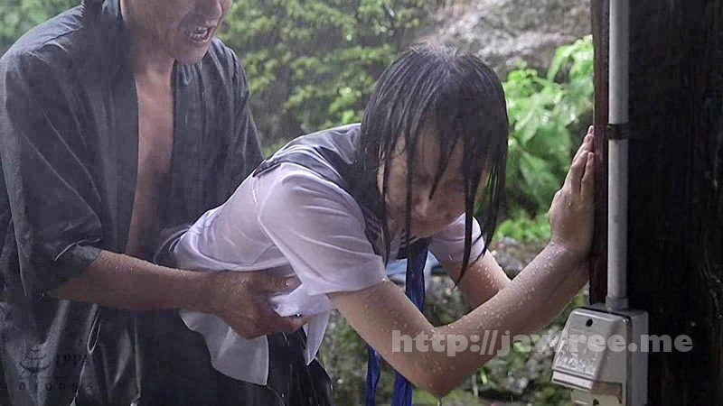 [T28-545] びしょ濡れ女子●生雨宿り強制わいせつ3 - image T28-545-14 on https://javfree.me