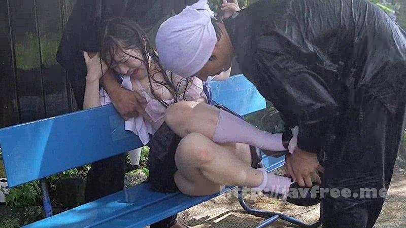 [T28-545] びしょ濡れ女子●生雨宿り強制わいせつ3 - image T28-545-17 on https://javfree.me