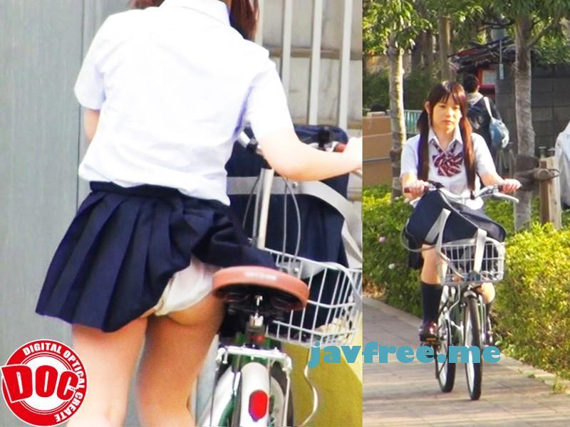 [THS-003] スカートが捲れてパンツが見えている事に気が付かない天然ドジっ娘を感じさせろ! 3 - image THS-003-1 on https://javfree.me