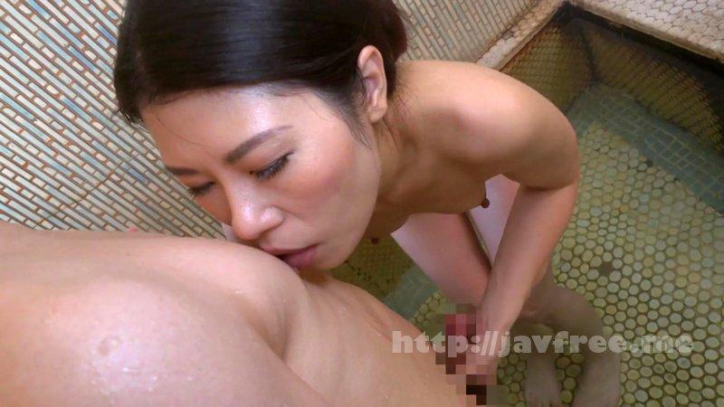 [TKD-040] 僕の憧れの叔母さんは お女将さん 摩耶しぐれ - image TKD-040-14 on https://javfree.me
