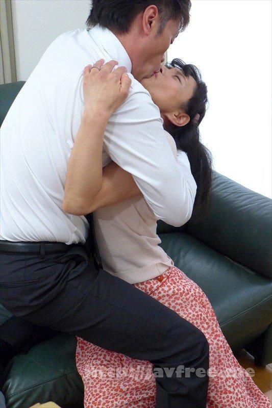 [HD][TMRD-1004] 熟女官能ドラマスペシャル 二穴で狂う六十路熟女 濃厚キスを求める五十路妻7人4時間 - image TMRD-1004-6 on https://javfree.me