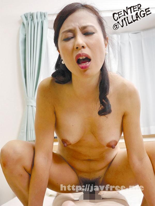 [UAAU-32] 息子の朝勃ち 奥村瞳 - image UAAU-32-9 on https://javfree.me