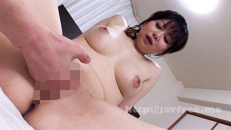 [HD][UMSO-218] 関西弁熟女のエロさ半端ないって! - image UMSO-218-11 on https://javfree.me