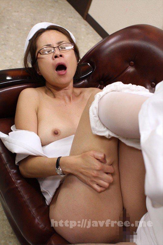 [HD][XRW-826] 彼氏と喧嘩してご近所のお姉さんに相談してからの4日間 枢木あおい・美咲かんな - image UMSO-306-8 on https://javfree.me