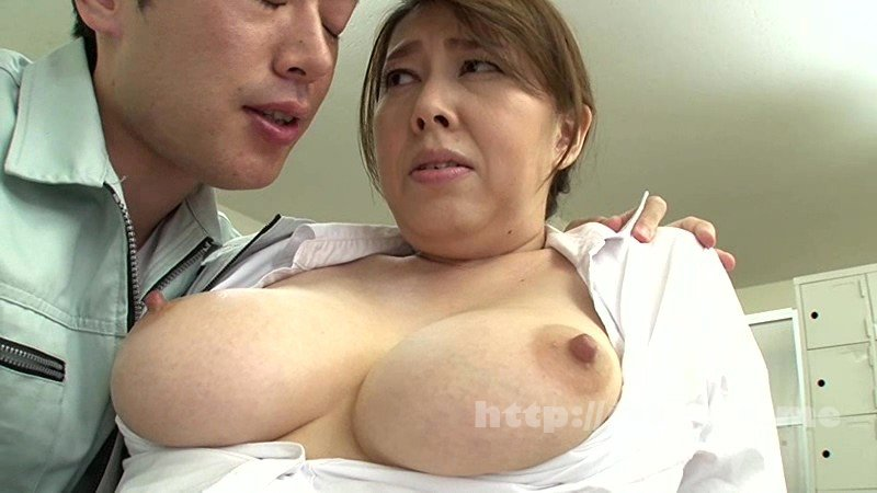 [VEC-299] 扇情的な胸ポチとハミ乳で男を殺しまくるノーブラ巨乳妻 風間ゆみ