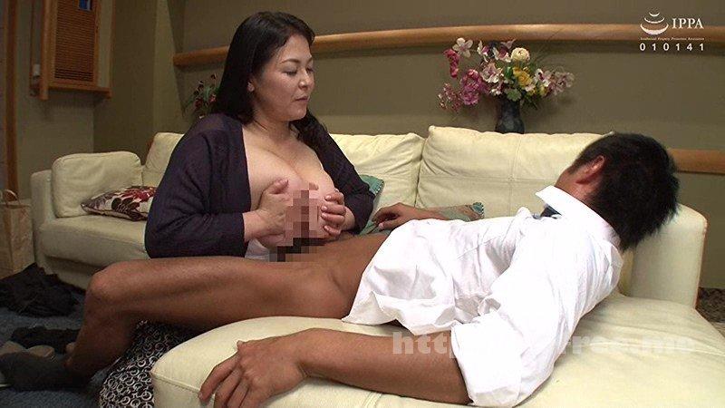 [VEC-327] 性欲が強すぎる母(浮気癖あり)に、愛する彼氏を寝取られた。 八木あずさ