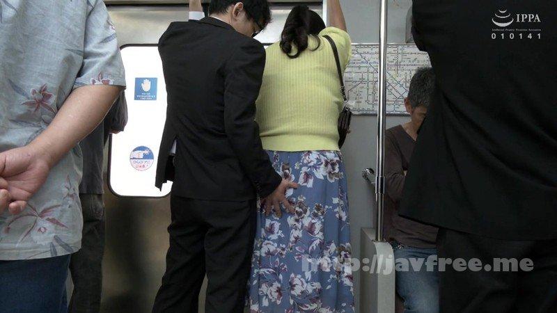[HD][JJAA-027] パートの人妻さんが若い従業員をこっそり連れ込んで楽しむヤリ部屋になっているバイト先の休憩室02 - image VEC-412-4 on https://javfree.me
