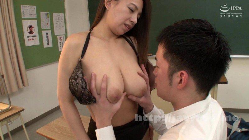[HD][VEC-425] フロントホックブラと小さいパンティーで童貞の僕を挑発する女教師 織田真子