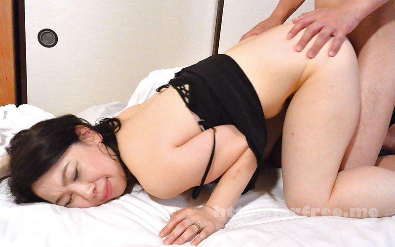 [HD][VNDS-5213] 婿に肉体関係を迫られて…義母が濃厚中出しSEX - image VNDS-5213-5 on https://javfree.me