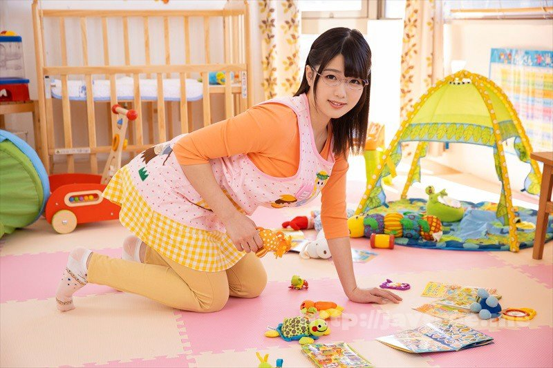 [HD][VRTM-492] 「私も子供が欲しい!」保育園で働くデカ乳保母さんが同僚の男に悩みを相談!妊娠願望強すぎて母性溢れるオッパイでまさかの授乳手コキ!萎え知らずの若いチ●ポを自ら挿入しデカ乳激揺れさせながら何度も中出し懇願!4