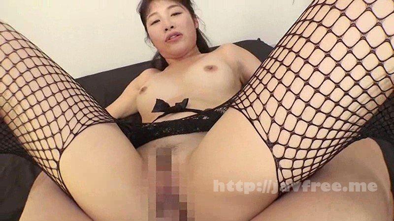 [HD][HAWA-133] 夫に内緒で他人棒SEX「実は主人の精液も飲んだことないんです」30歳すぎて初めての精飲 色白豊満妻 さくらさん31歳 - image XRW-447-8 on http://javcc.com