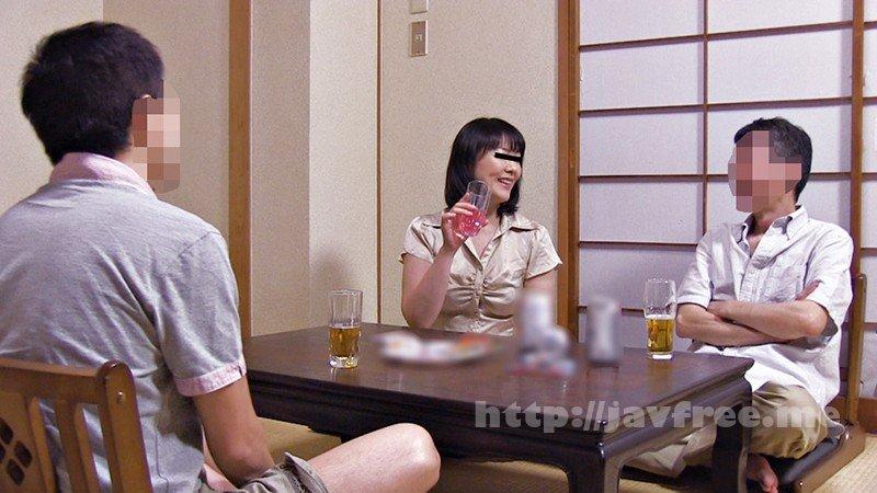 [HD][YLWN-032] 自慢の美人妻を酔わせて知り合いの他人棒で寝取らせてみた4時間 - image YLWN-032-13 on https://javfree.me