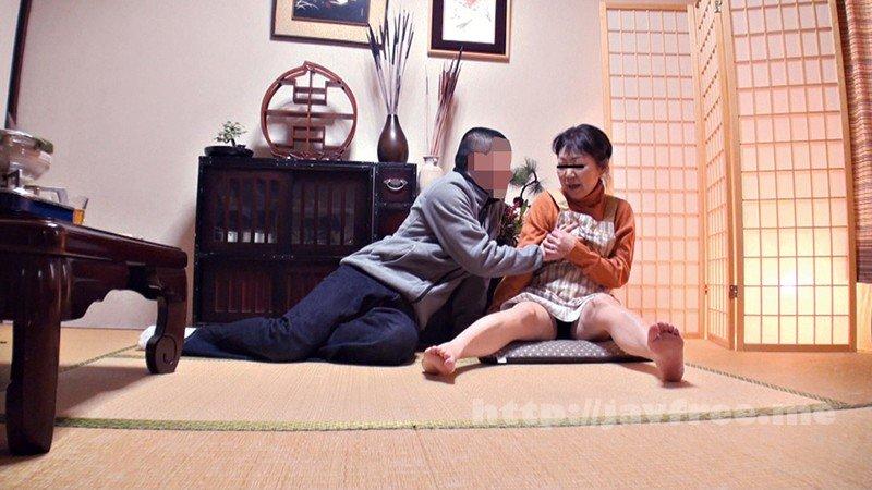 [HD][YLWN-032] 自慢の美人妻を酔わせて知り合いの他人棒で寝取らせてみた4時間 - image YLWN-032-2 on https://javfree.me