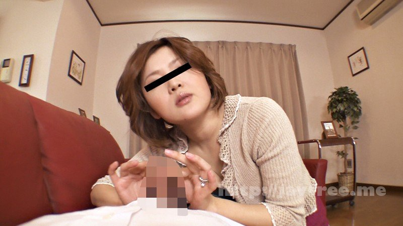 [YLWN-055] 「これって近親相姦未遂よね…?」 我慢汁ぬるぬる!激しい手コキと亀頭責め4時間23人