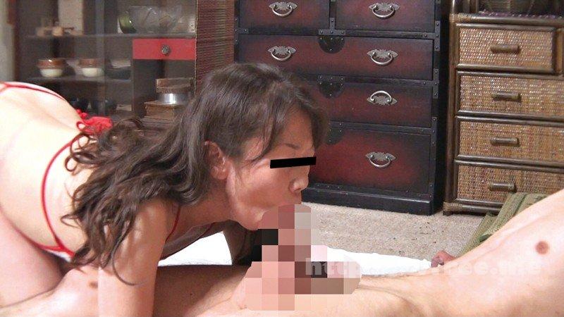 [YLWN-070] 超貴重!40、50、60代 完熟おばさん デリヘル嬢リアル隠し撮り4時間 - image YLWN-070-11 on https://javfree.me
