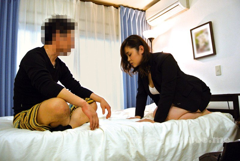 [HD][VEMA-135] SEXYランジェリー訪問販売員の猥褻中出しセールス術 美園和花 - image YLWN-098-1 on https://javfree.me