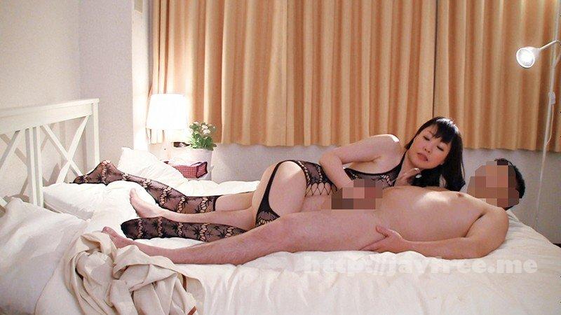 [HD][YOZ-355] 隠し撮り熟女専門 網タイツデリヘル - image YOZ-355-20 on https://javfree.me