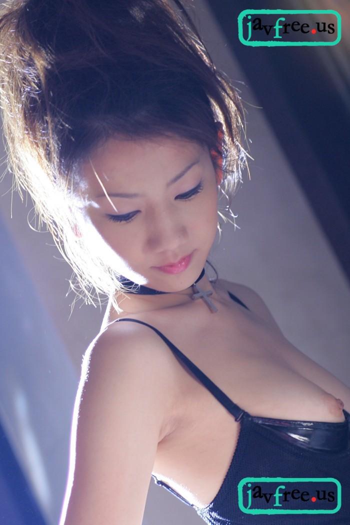 J素人 PARADISE v039 純白肌とボンデージスーツ / りな - image jgirl-v039d on https://javfree.me